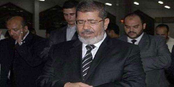 مرسي الرئيس يصلى العيد بمسجد عمرو بن العاص