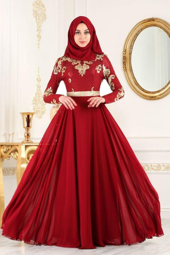 ملابس محجبات احمر