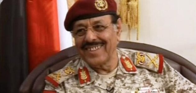 هل علي محسن وراء تفجير وزارة الدفاع ؟
