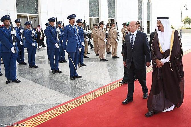 الرئيس اليمني عبده ربه منصور يصل الى السعوديه جدة بعد سقوط عمران