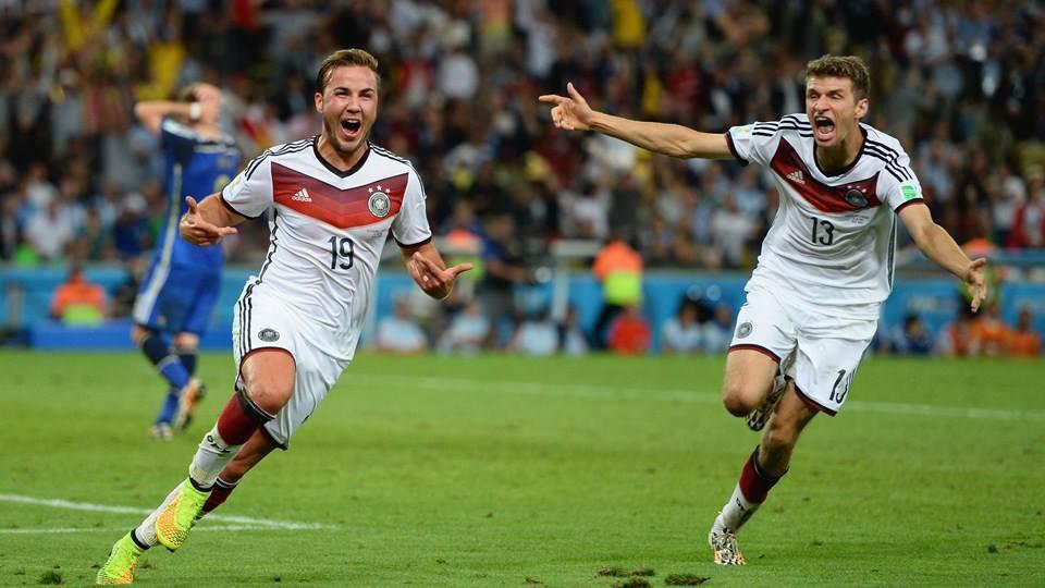 ألمانيا تتجاوز الأرجنتين بهدف وحيد وترفع كأس العالم للمرة الرابعة