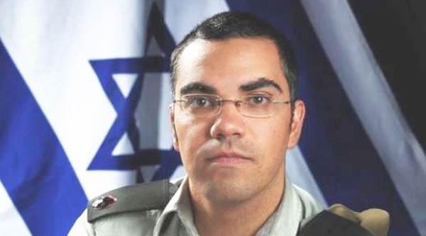 "Photo of إسرائيل تدعم منال موسى في عرب ايدول ""أفيخاى أدرعى يدعم منال"""
