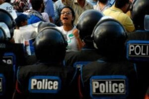 الناشطة ماهينور المصرى