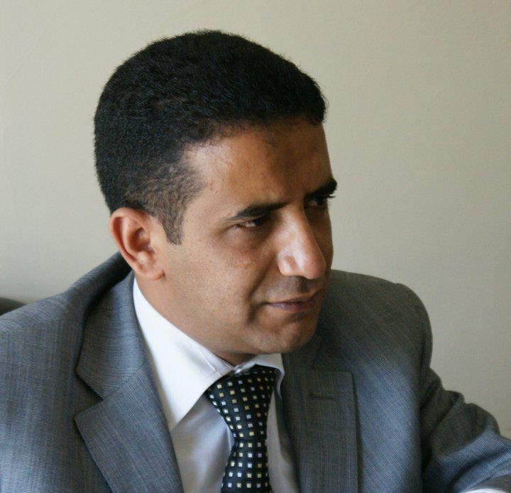 الصحفي محمد عايش يحلل اسماء وزارة التوافق الحكومية اليمنية 2014