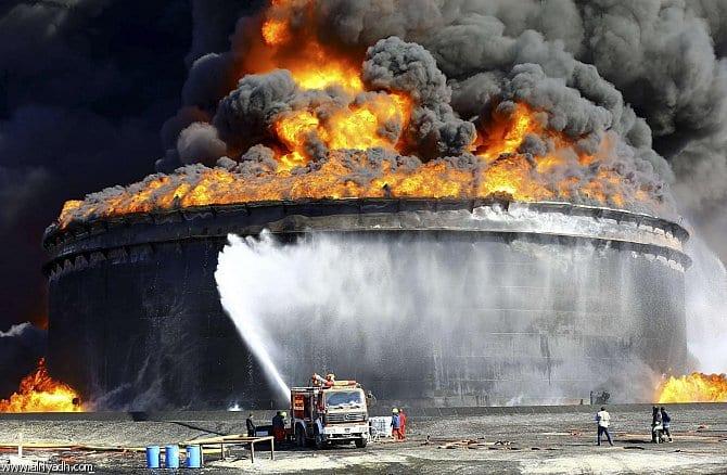 Photo of اخماد النيران فى خمس خزانات في ميناء السدرة النفطي