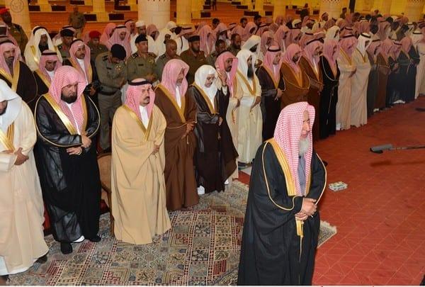 Photo of بأمر من خادم الحرمين الشريفين صلاة الإستسقاء الخميس 23 ربيع الثاني 1436