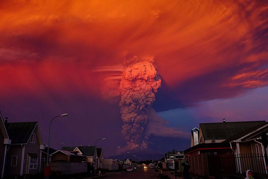 صورة صور البركان الي انفجر وثار في تشيلي , من الأخبار اليومية أخبار العالم 24-ابريل-2015
