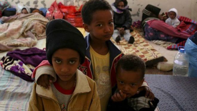 Photo of اخبار الشرق الاوسط 19/4/2015 : أبناء مهاجرين غير شرعيين في مركز إيواء بمدينة مصراتة الليبية