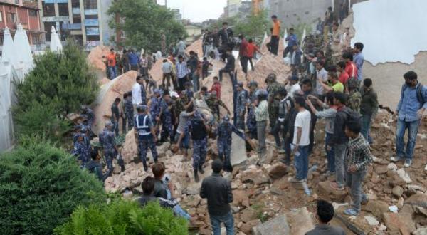 Photo of كارثة الهند : انهيار برج دارهرا التاريخي في كاتماندو