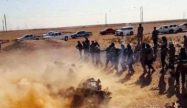 داعش تعدم ٤۱۳ إیزیدی وتخطف ۷۰۰ امرأة وطفل آخرين بکوجو العراقية