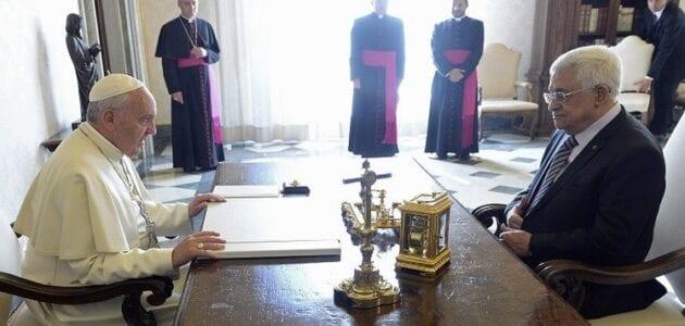 الفاتيكان -البابا فرانسيس والرئيس الفلسطيني محمود عباس