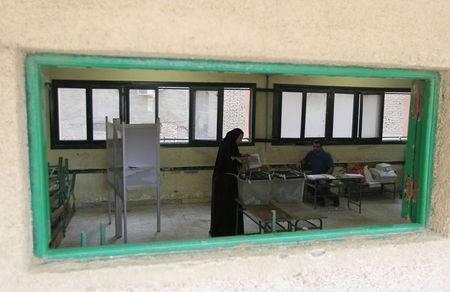 Photo of اليوم الثاني الإنتخابات البرلمانية في مصر أخبار مصر 19-10-2015