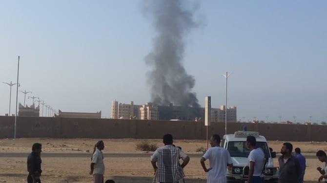 Photo of تفاصيل الإنفجار في فندق القصر عدن صور من أخبار اليمن 7-10-2015 صحافة نت