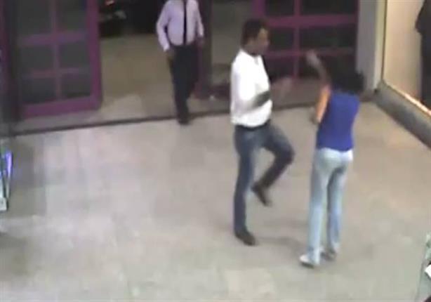 تحرش بـ فتاة مول مصر الجديد فتاة المول