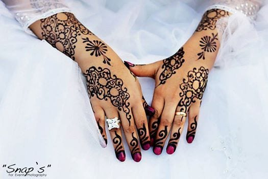 صورة حنة سودانية صور حناء 2020 برواز مغربي رسم بالحناء والنقش عرايس عربية