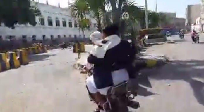 """صورة حقيقة إصابة محمد الحوثي وفيديو يظهر تنقلة على دراجة نارية """"متر"""""""