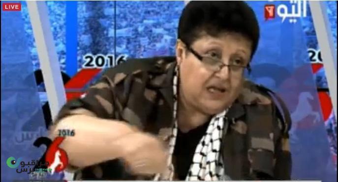 صورة على قناة اليمن اليوم مباشر فائقة السيد بزي عسكري في مظاهرة واحتشاد مهرجان اليوم في السبعين مع علي عبدالله صالح