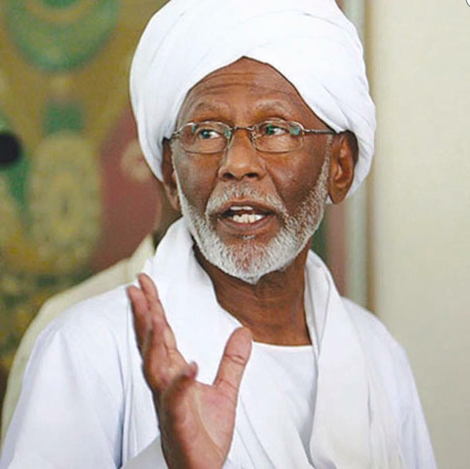 صورة توكل كرمان تعزي في وفاة حسن الترابي جنازة اخبار السودان 6-3-2016