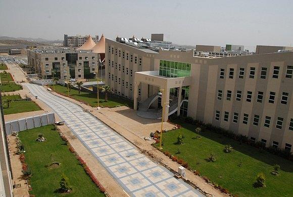 موعد التسجيل في جامعة الملك خالد