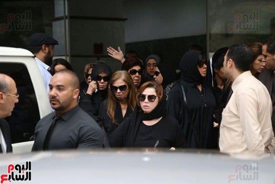صور جنازة الفنان محمود عبدالعزيز