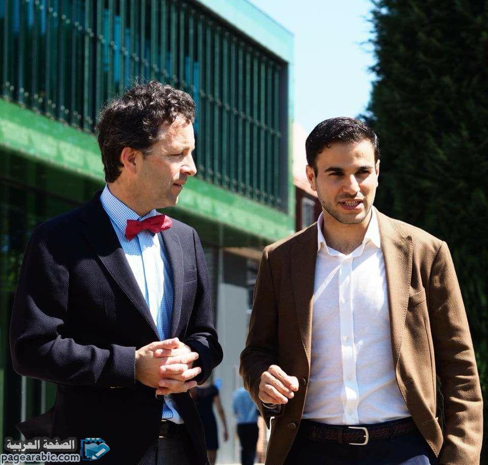هاشم الغيلي شخصية يمنية ناجحة رغم الظروف ناشر العلوم الطبيعية