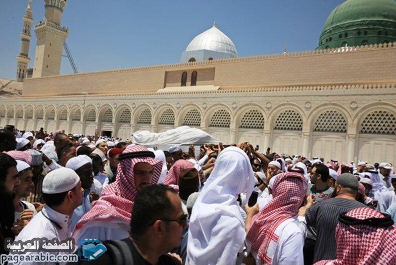 جنازة الشيخ أبو بكر الجزائري بعد وفاته