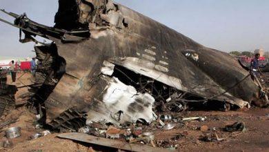 Photo of سقوط طائرة في مطار الخرطوم وتحطمها