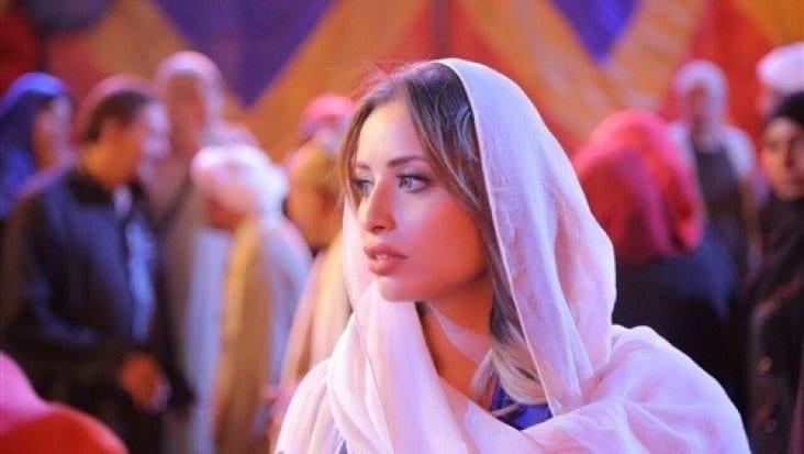 ايمان العميري انا المهدي المنتظر - الصفحة العربية