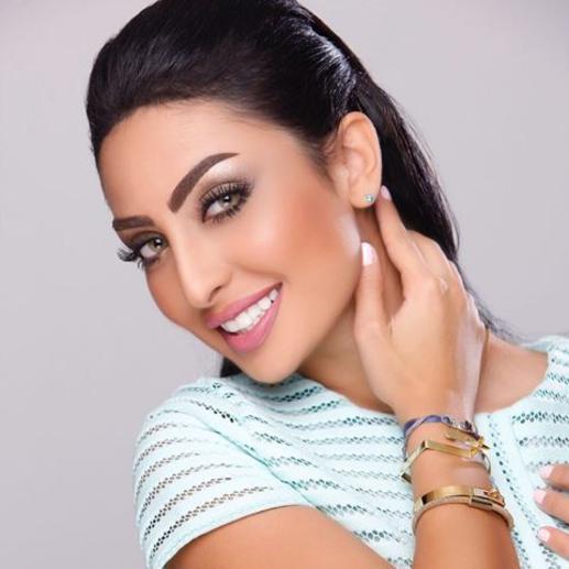 Photo of نور الغندور تتحدث عن ارتباطها وحبها لأحد الأشخاص