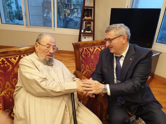 حقيقة وفاة الشيخ يوسف القرضاوي المتواجد في قطر