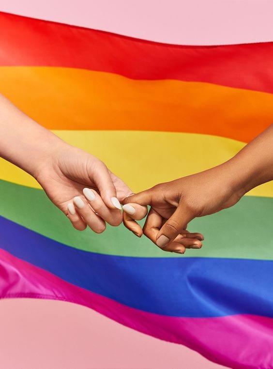 معنى زواج المثليين والحكم في الإسلام وكيفية الإنجاب - الصفحة العربية