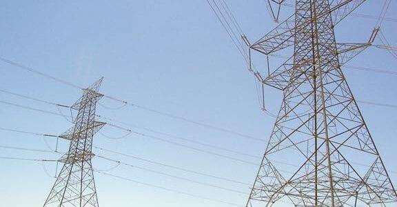 مسخرة الحكومة اليمنية مع مخربي الكهرباء خروج محطة مارب 21-10-2013